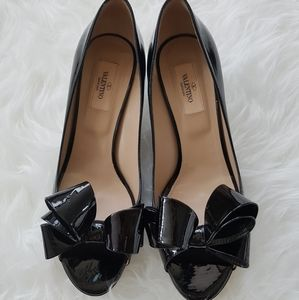 VALENTINO black patent couture bow D'orsay kitten